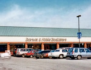 Golf Mill Shopping Center Golf Mill Center Niles, Illinois Security Hotline: