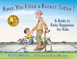 您今天是否已经装满水桶?:儿童日常幸福指南