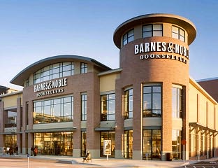 Barnes & Noble Book Store at Bay Street - Emeryville