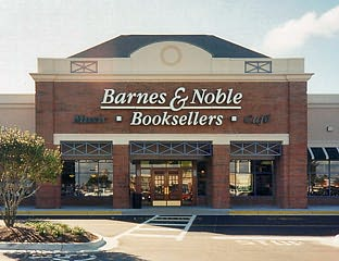 2735 - Barnes And Noble Shops At Pembroke Gardens