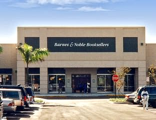 2814 - Barnes And Noble Shops At Pembroke Gardens