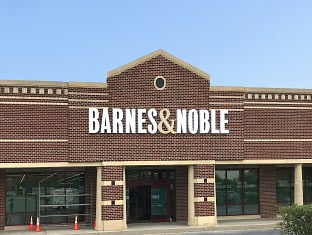 Barnes & Noble Book Store at Wilmington - Concord Square