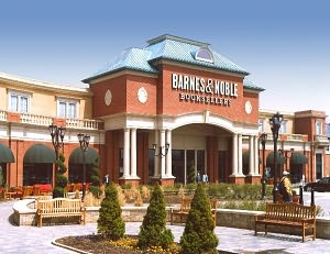 Barnes & Noble Book Store at Eton Chagrin Boulevard