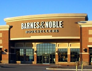 Barnes & Noble Book Store at Fenton Commons Shopping Center