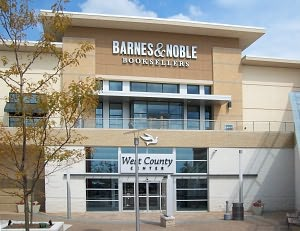 Barnes & Noble Book Store at West County Mall