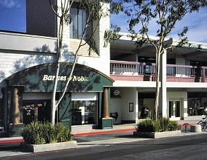 Barnes & Noble Book Store at Irvine