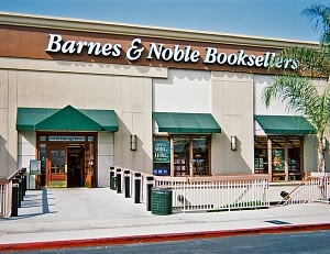 Barnes & Noble Book Store at Long Beach