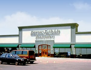 Barnes & Noble Book Store at Water Tower Plaza