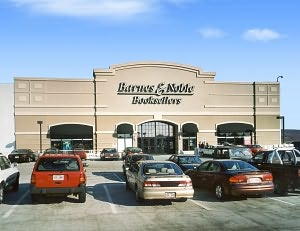 Barnes & Noble Book Store at Palisades
