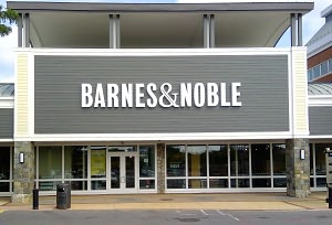 Barnes & Noble Book Store at Congressional Plaza